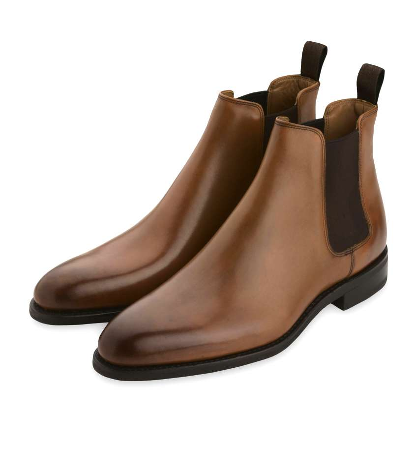 782bd282f0a7fc Chelsea boots in gold leather, Goodyear welted.