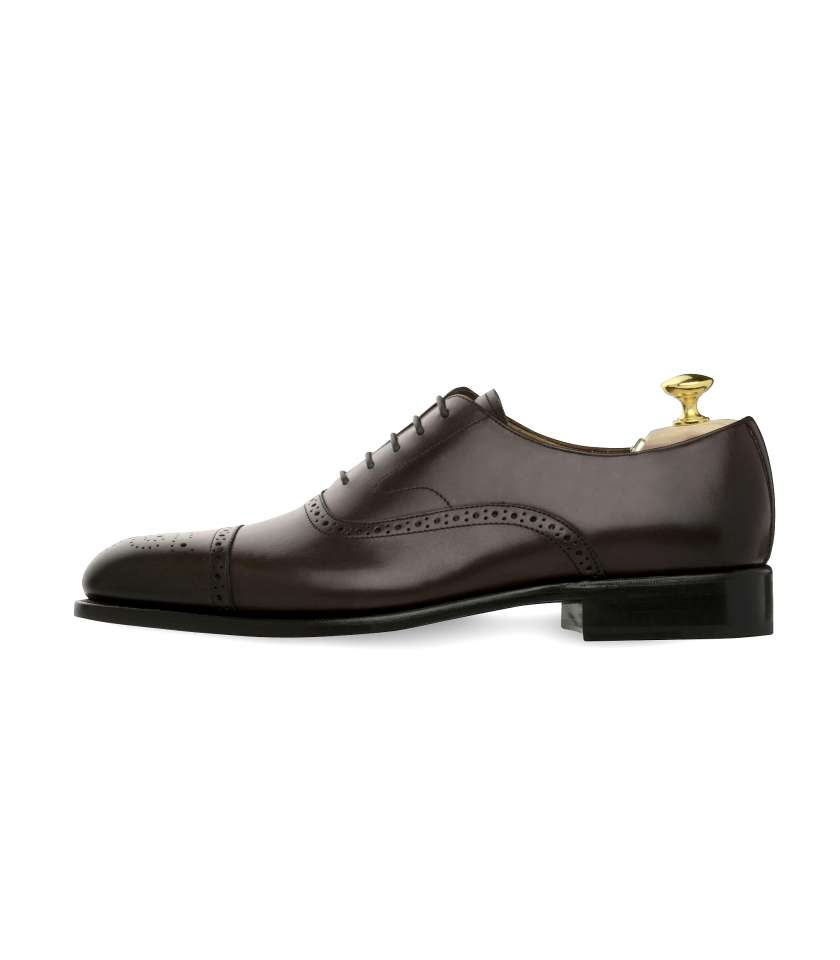 Oxford Brogue with perforated toe-cap Newton 318