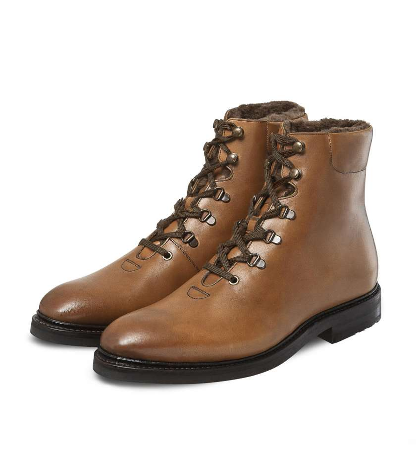 Winter Hicking Boots Limited Edition